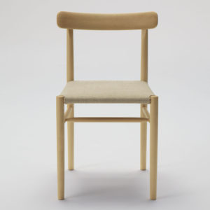 lightwood_chair_cushioned1